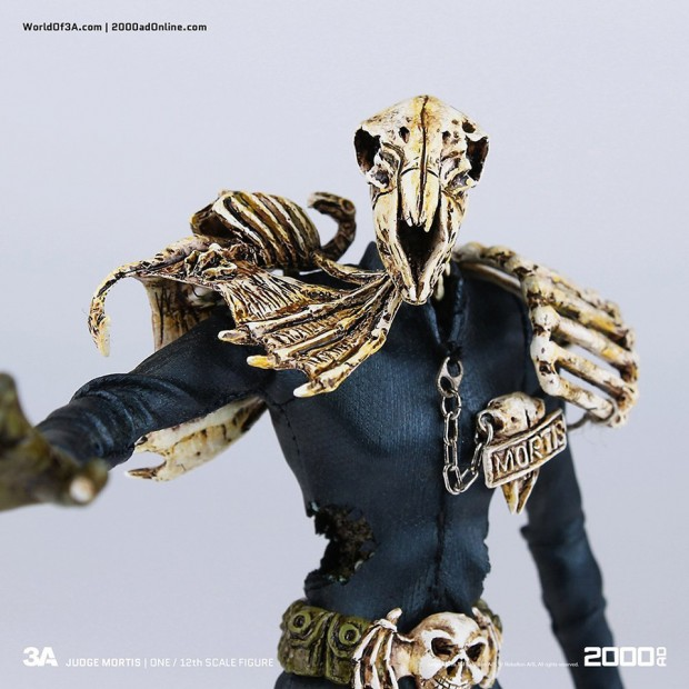 2000_ad_judge_mortis_12th_scale_action_figure_3a_toys_8