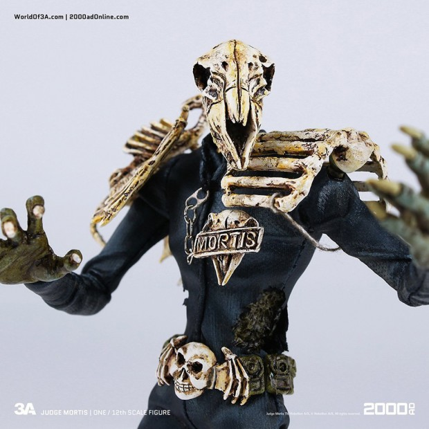 2000_ad_judge_mortis_12th_scale_action_figure_3a_toys_9