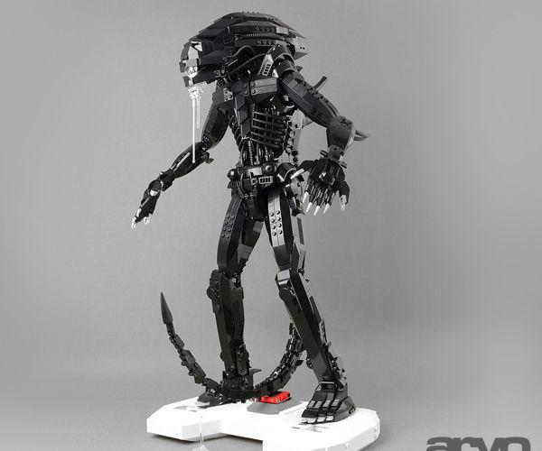 LEGO Xenomorph
