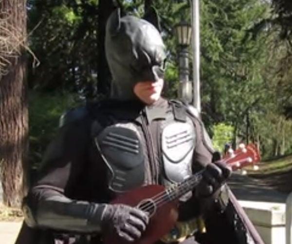 Ukulele Batman v Unipiper Superman