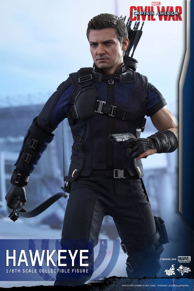 hawkeye_captain_america_civil_war_sixth_scale_action_figure_by_hot_toys_12