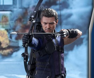 Hot Toys Civil War Hawkeye Sixth Scale Action Figure
