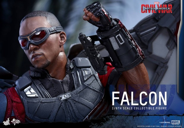 hot_toys_civil_war_falcon_sixth_scale_action_figure_10