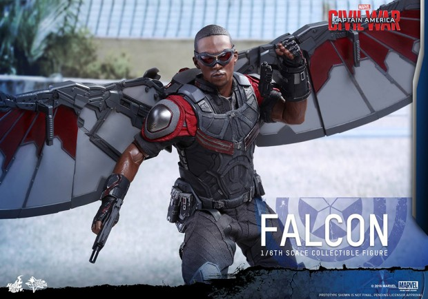 hot_toys_civil_war_falcon_sixth_scale_action_figure_9