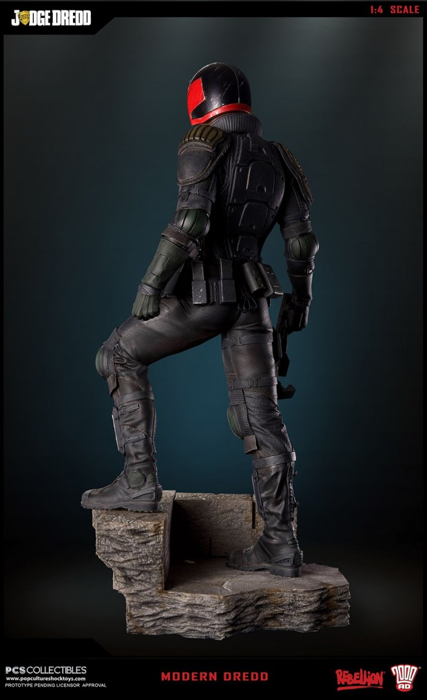 judge_dredd_fourth_scale_statue_by_pop_culture_shock_collectibles_4