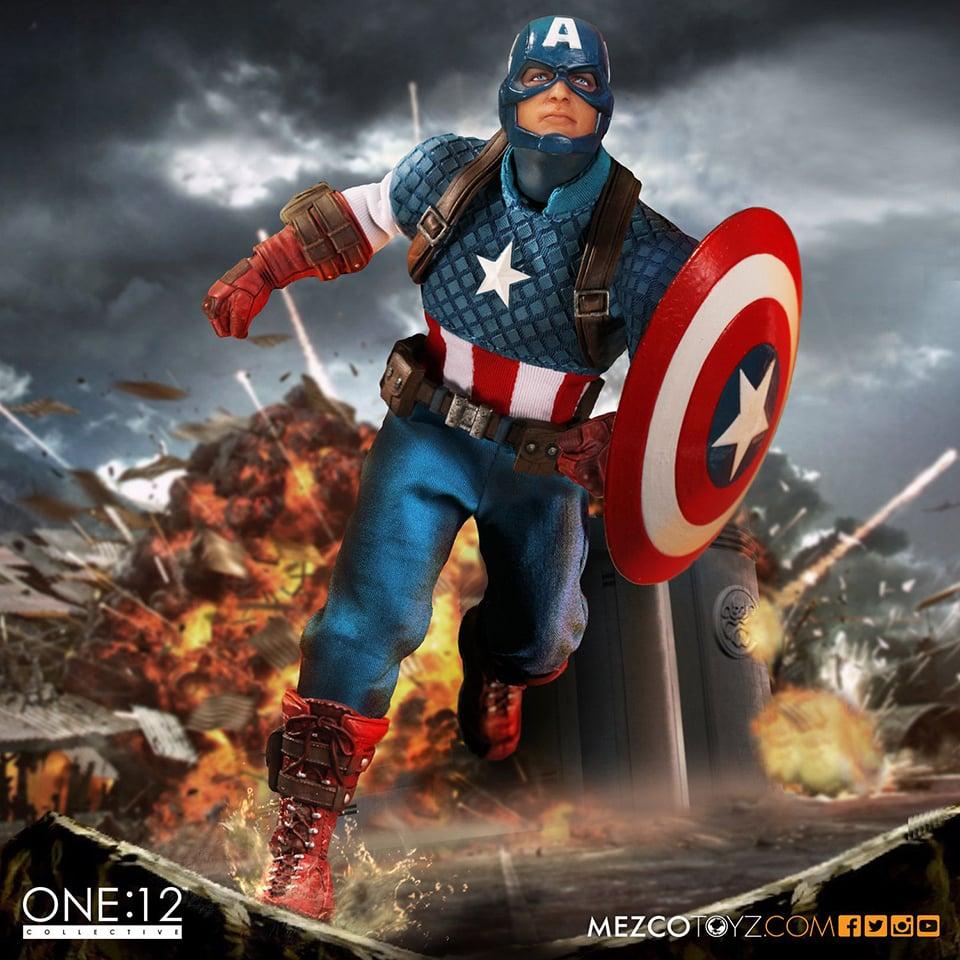 Mezco One:12 Collective Captain America Action Figure