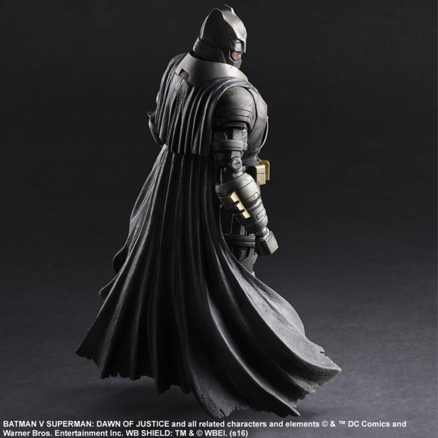 play_arts_kai_batman_v_superman_armored_batman_action_figure_by_square_enix_5