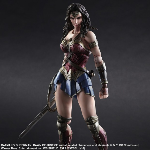 play_arts_kai_wonder_woman_action_figure_by_square_enix_5