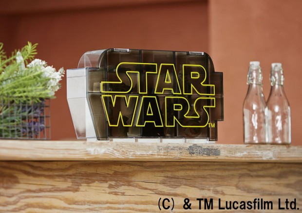 star_wars_logo_display_case_by_takara_tomy_17