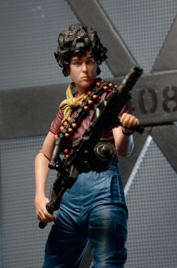 alien_day_kenner_tribute_ripley_action_figure_by_neca_4