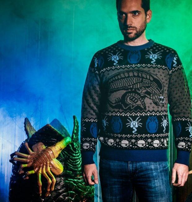 alien_sweater_2