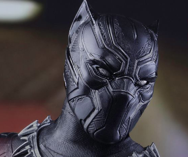 Hot Toys Civil War Black Panther Sixth Scale Action Figure