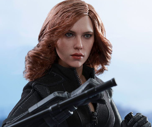 Hot Toys Civil War Black Widow 1/6 Scale Action Figure