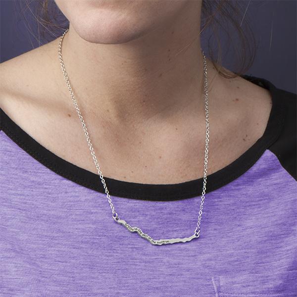 crack_necklace_2