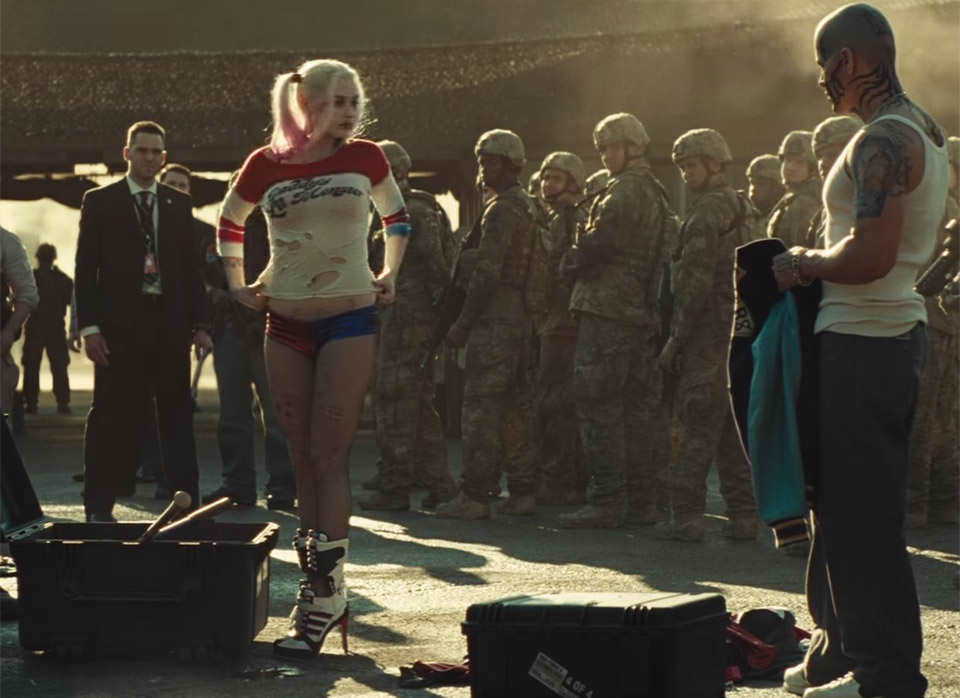 Harley Quinn's Jester Suit Spotted in Suicide Squad Trailer?