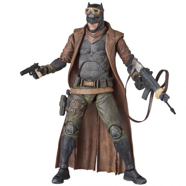mafex_batman_v_superman_knightmare_action_figure_by_medicom_3