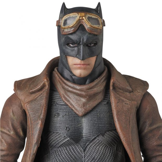 mafex_batman_v_superman_knightmare_action_figure_by_medicom_6