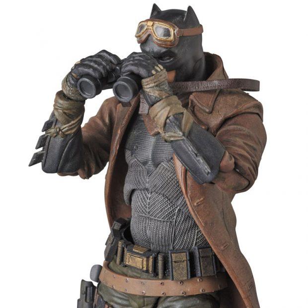 mafex_batman_v_superman_knightmare_action_figure_by_medicom_9