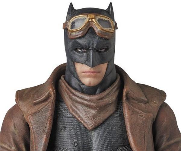 Medicom MAFEX BvS Knightmare Batman Action Figure