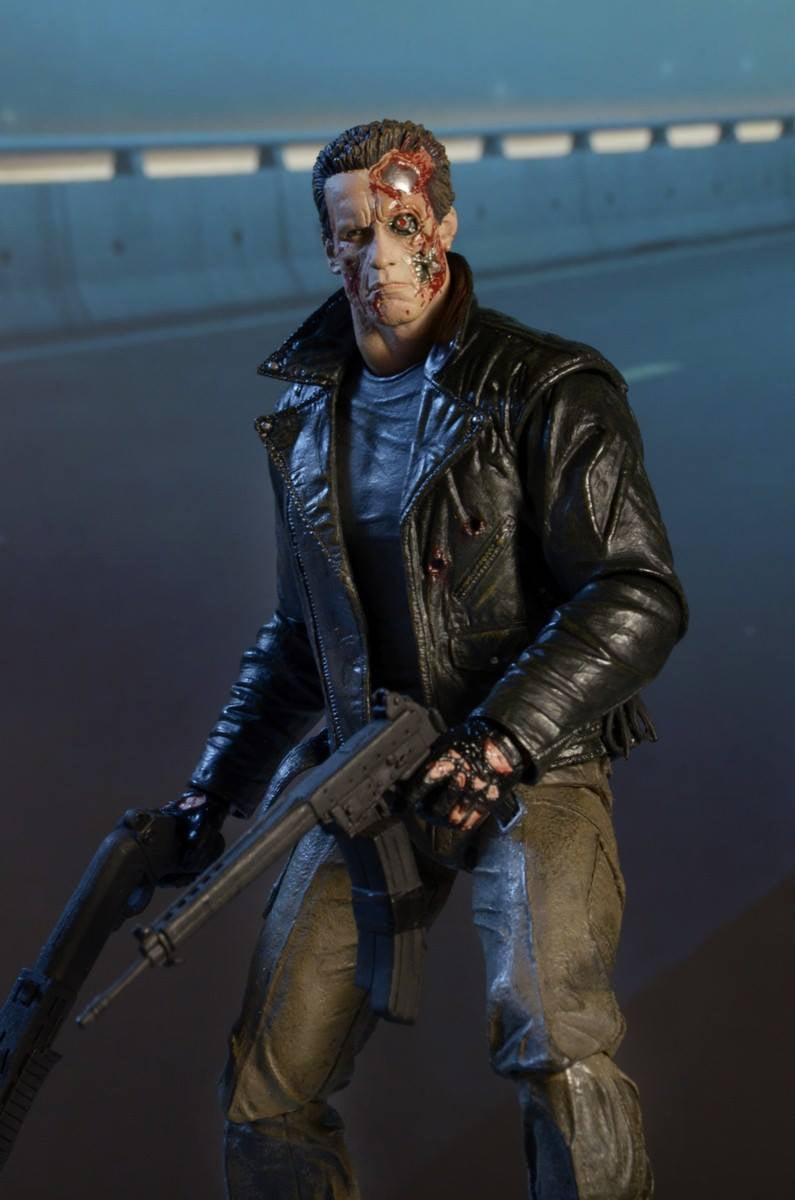 NECA Terminator Police Station Assault T-800 Action Figure ...