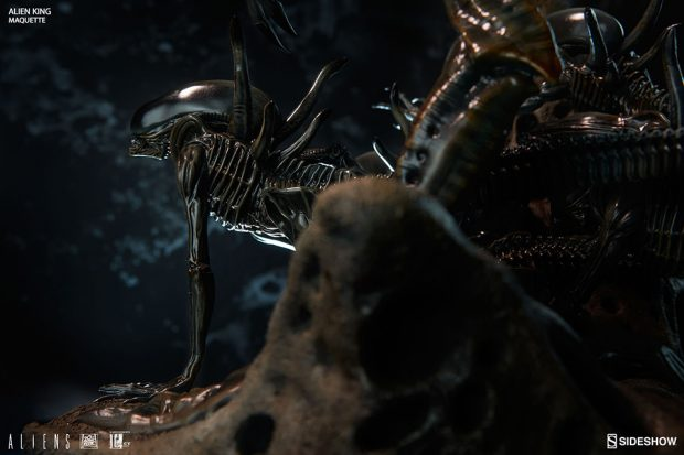 alien_king_maquette_by_sideshow_collectibles_and_legacy_effects_12