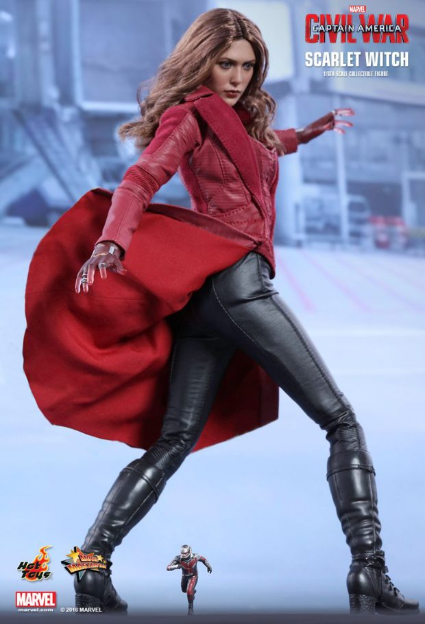 captain_america_civil_war_scarlet_witch_sixth_scale_action_figure_hot_toys_14