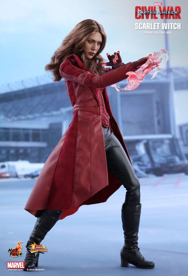 captain_america_civil_war_scarlet_witch_sixth_scale_action_figure_hot_toys_4