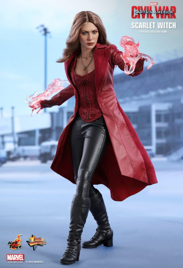 captain_america_civil_war_scarlet_witch_sixth_scale_action_figure_hot_toys_5