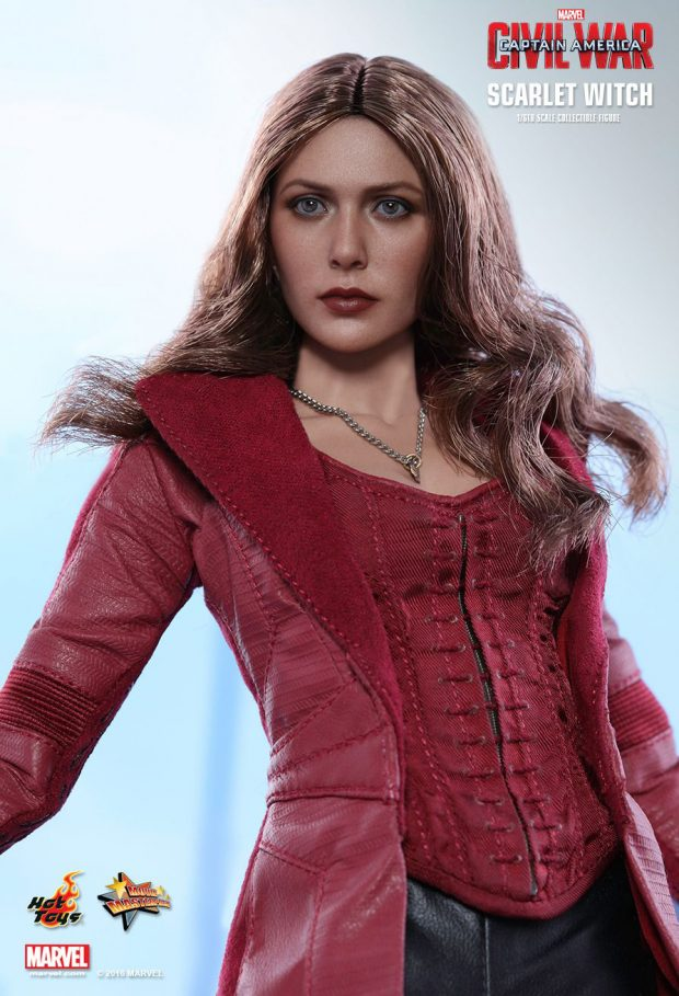 captain_america_civil_war_scarlet_witch_sixth_scale_action_figure_hot_toys_8