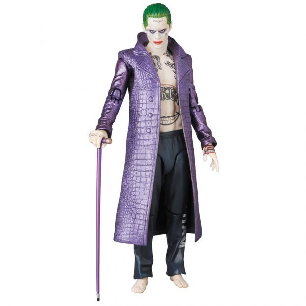 mafex_suicide_squad_harley_quinn_joker_action_figures_by_medicom_11