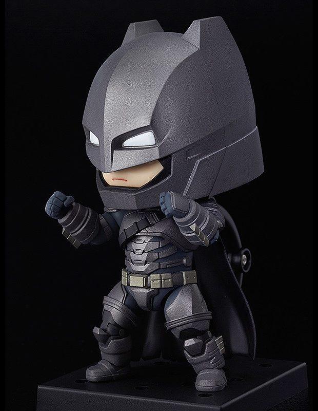 nendoroid_batman_armored_suit_justice_edition_action_figure_2
