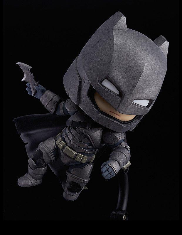 nendoroid_batman_armored_suit_justice_edition_action_figure_3