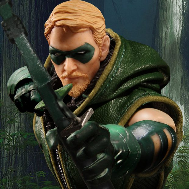 one_12_collective_green_arrow_action_figure_by_mezco_toyz_7