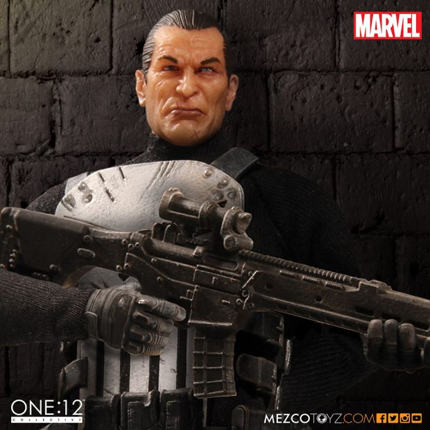 one_12_collective_the_punisher_action_figure_by_mezco_toyz_3