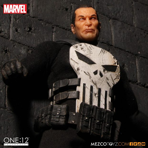 one_12_collective_the_punisher_action_figure_by_mezco_toyz_5