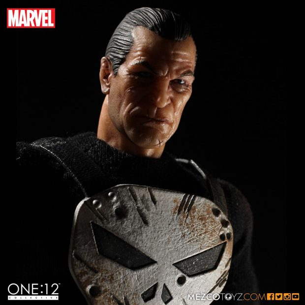 one_12_collective_the_punisher_action_figure_by_mezco_toyz_6