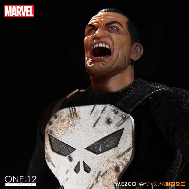 one_12_collective_the_punisher_action_figure_by_mezco_toyz_8