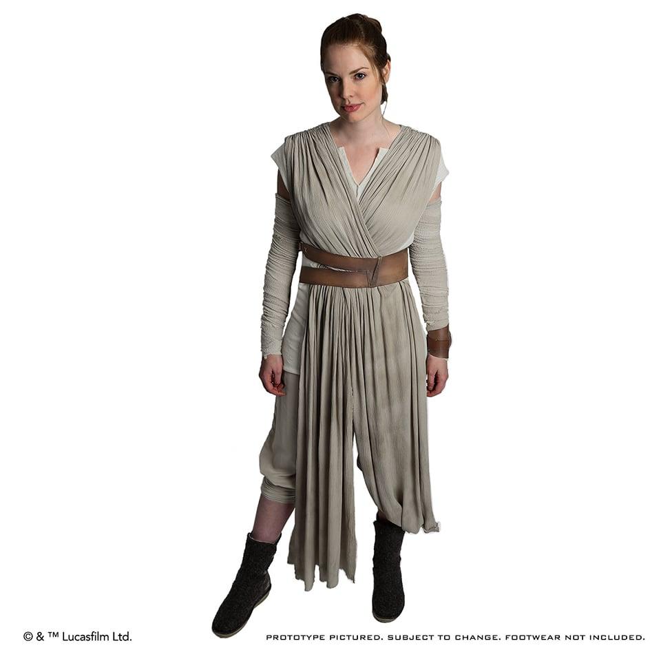 Anovos Star Wars: The Force Awakens Rey Jakku Ensemble