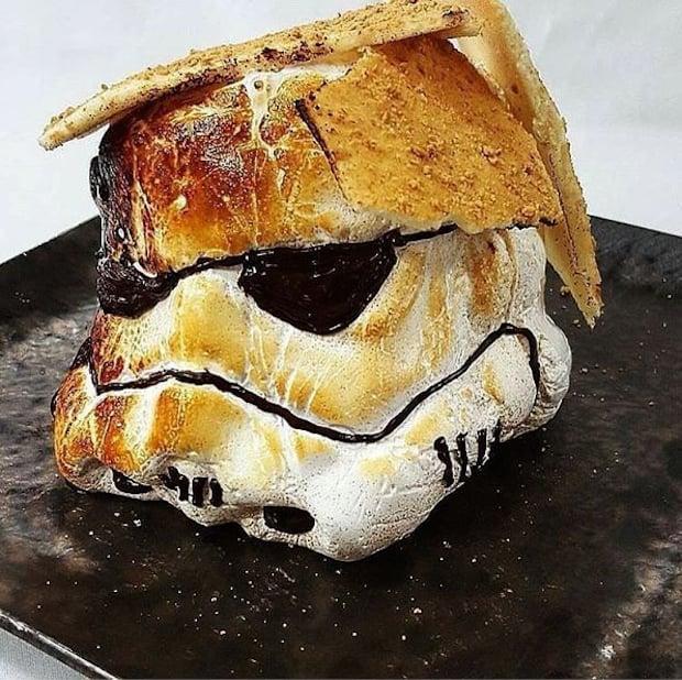 Stormtrooper S'more: S'moretrooper