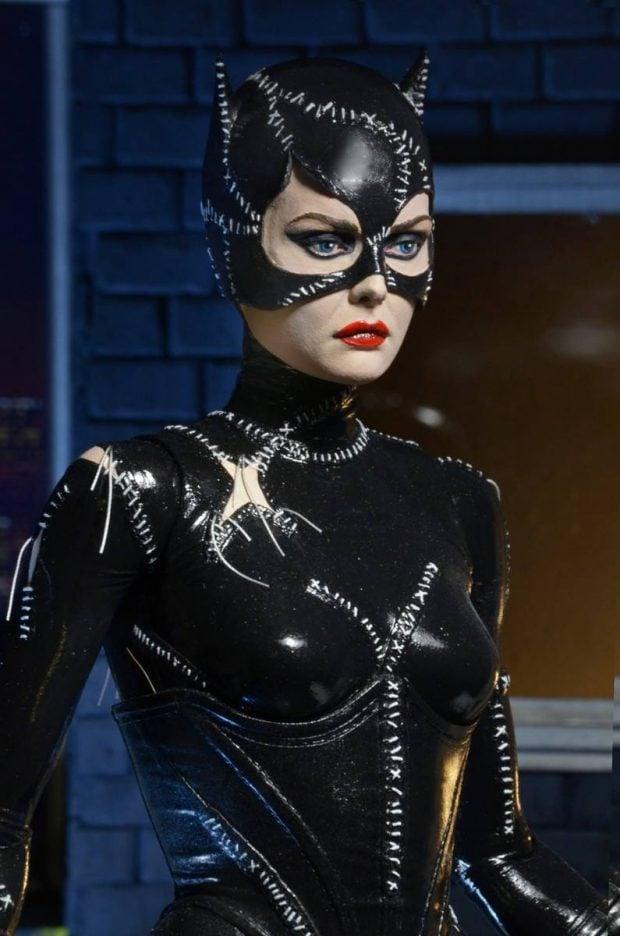 batman_returns_catwoman_quarter_scale_action_figure_by_neca_3