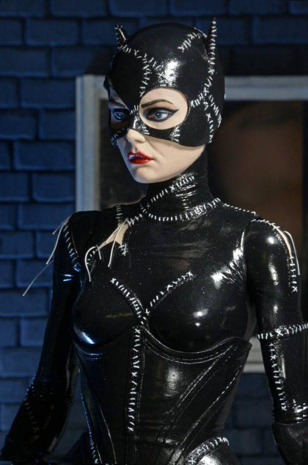 batman_returns_catwoman_quarter_scale_action_figure_by_neca_5