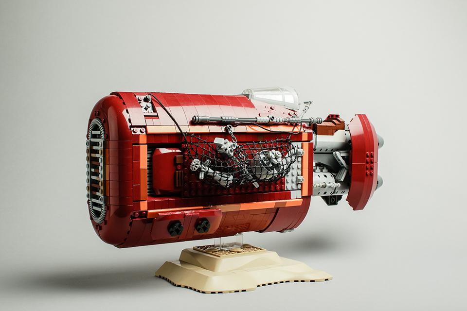LEGO Star Wars UCS Rey's Speeder Concept