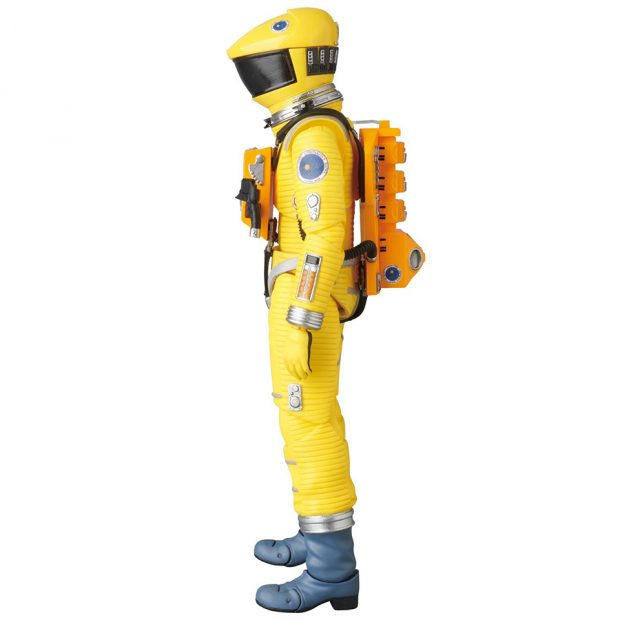 mafex_2001_a_space_odyssey_red_yellow_spacesuit_action_figures_by_medicom_10