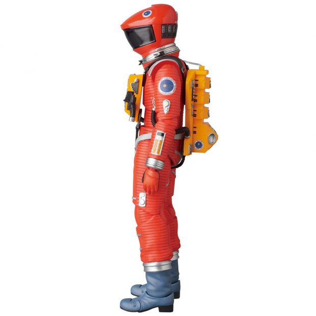 mafex_2001_a_space_odyssey_red_yellow_spacesuit_action_figures_by_medicom_3