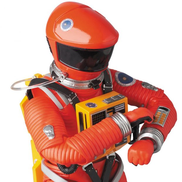 mafex_2001_a_space_odyssey_red_yellow_spacesuit_action_figures_by_medicom_7