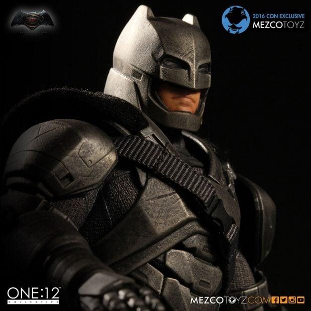 one_12_collective_batman_v_superman_armored_batman_action_figure_by_mezco_toyz_5