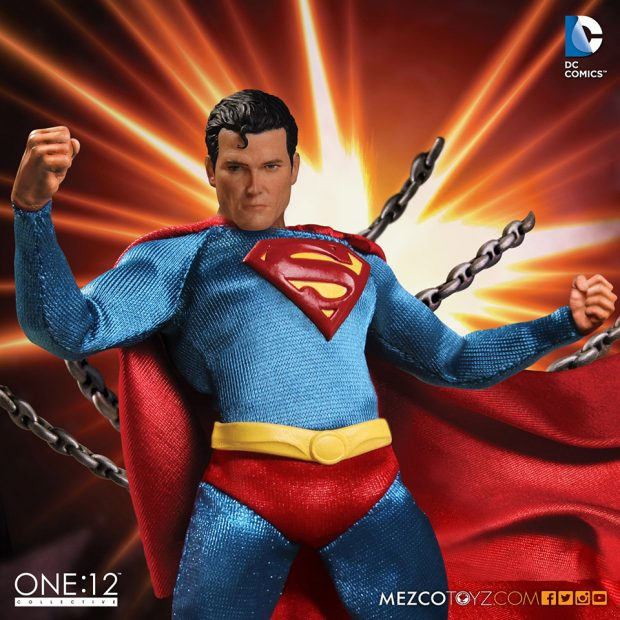 one_12_collective_superman_classic_version_action_figure_by_mezco_toyz_5