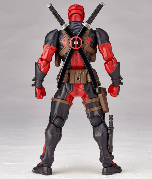 revoltech_deadpool_twelfth_scale_action_figure_by_kaiyodo_2