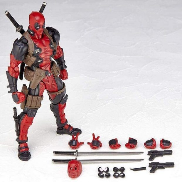 revoltech_deadpool_twelfth_scale_action_figure_by_kaiyodo_3