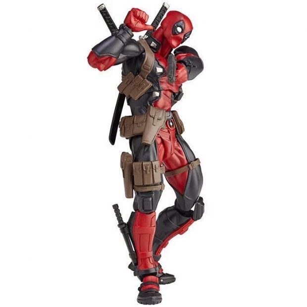 revoltech_deadpool_twelfth_scale_action_figure_by_kaiyodo_7